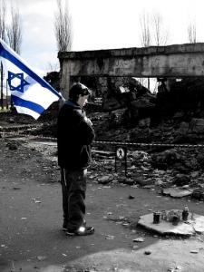 Gedenken in Auschwitz - Fotograf: Daniel Jorge Houche - Quelle: www.flickr.de