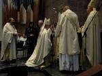 Bischof Matthias erhält den Bischofsstab