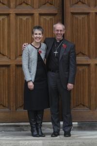 Foto: Caroline Welby und Bischof Justin Welby - © Lambeth Palace / Picture Partnership