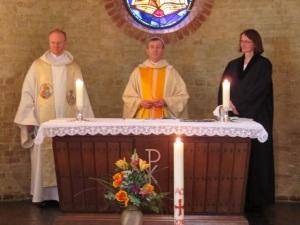 Ökumenische Gemeinschaft am Altar