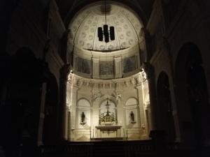 Die Alt-Katholische Kirche in Hilversum bei Nacht