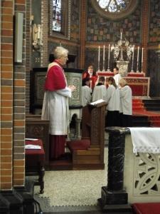 Erzbischof Dr. Joris Vercammen auf seiner Kathedra